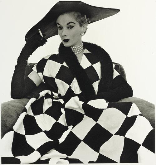 HARLEQUIN DRESS (LISA FONSSAGRIVES-PENN), New York, 1950